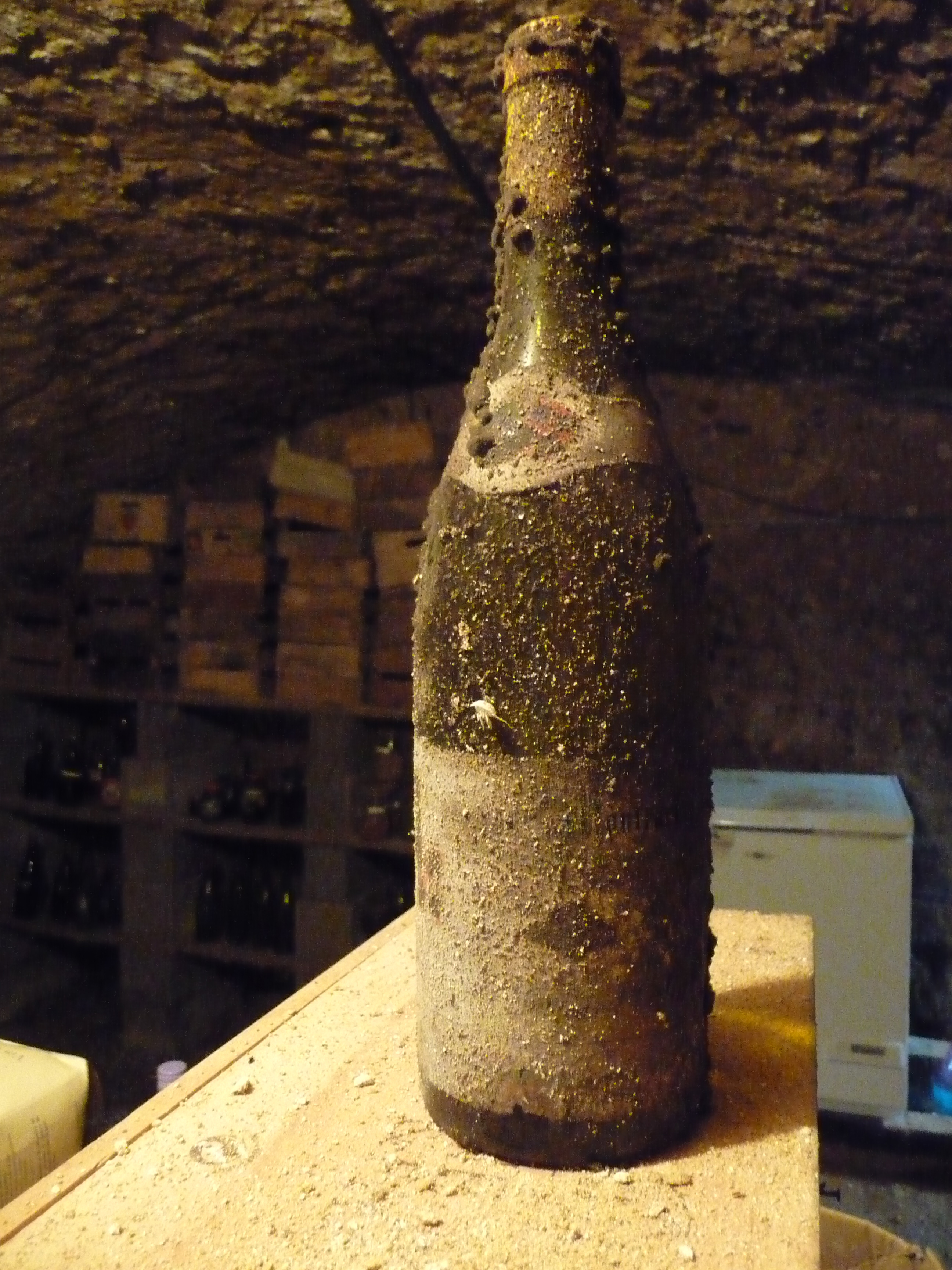 old wine bottle chain bridge cellars