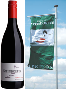 steindorfer-apetlon-bottle-flag